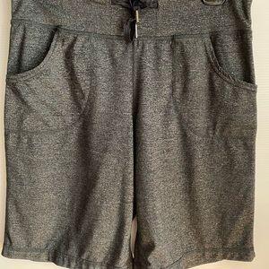 Lululemon Still Charcoal Heathered Shorts Size 6